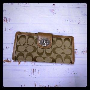 Authentic Signature Coach wallet